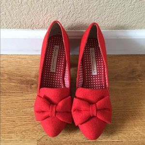 MODCLOTH But Another Innocent Tale Size 8.5